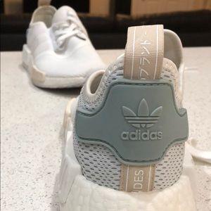Adidas NM_R1 Primeknit Sneakers
